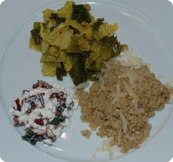 Honigwirz, Dörrtomaten-Hüttenkäse und Quinoa