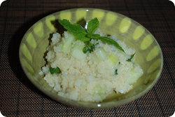 Couscous mit Gurken und Minze