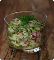 Zucchetti-Radieschen-Salat