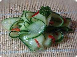 Ingwer-Chili-Gurken-Salat
