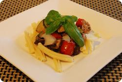 Strozzapreti mit Seitan-Gemüse-Ragout