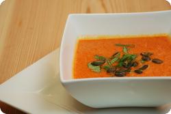 Peperoni-Apfel-Suppe