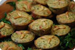 Mini-Muffins mit Spinat und Gorgonzola