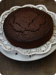 Schokoladenkuchen mit dunklem Bier