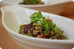 Bunter Quinoa-Spargel-Salat
