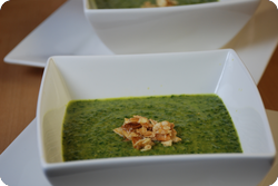 Kichererbsen-Spinat-Suppe mit Gewürzen