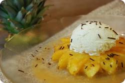 Flambierte Ananas