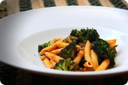 Röstbroccoli mit Tomatenpasta
