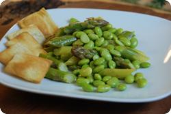Spargel-Edamame-Salat