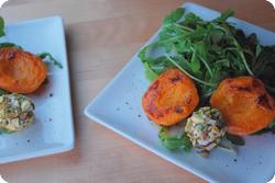 Salat mit gebratenen Aprikosen