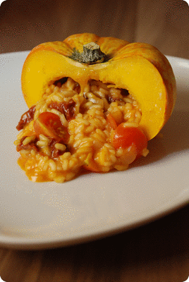 "<a href=""/recipes/544""><img alt=""Titelsschrift"" src=""/system/rectitles/CAPS_Herbst-Risotto-Teller.png?1384760328"" /></a>"